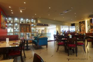 Foto 2 - Interior di Nona Manis oleh Resy Alifiyanti