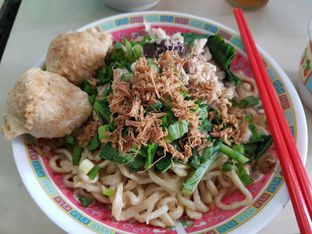 Foto - Makanan di Bakmi Bule Mangga Besar oleh Rmz