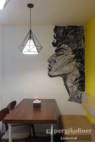 Foto 5 - Interior di Ayam Gallo oleh Ladyonaf @placetogoandeat
