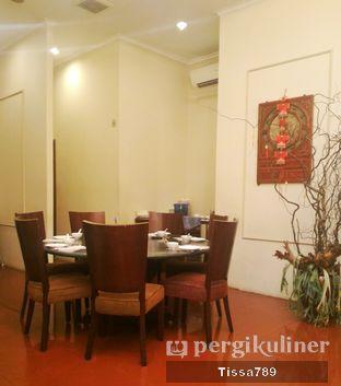 Foto 10 - Interior di Coca Suki Restaurant oleh Tissa Kemala