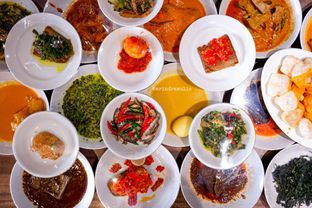 Foto - Makanan di Padang Merdeka oleh Indra Mulia