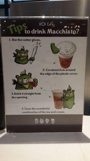 Foto 5 - Interior(Panduan cara menikmati minuman machiato...) di KOI The oleh Chrisilya Thoeng