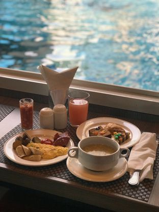 Foto 5 - Makanan di Heather Resto - Best Western Premier The Hive Hotel oleh Margaretha Helena #Marufnbstory