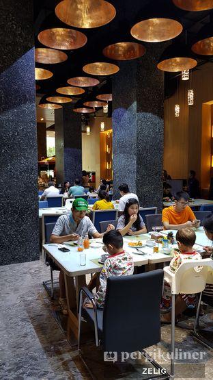 Foto 7 - Interior di Catappa Restaurant - Hotel Grand Mercure Kemayoran oleh @teddyzelig