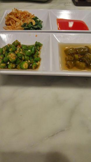 Foto 5 - Makanan(Bumbu Tambahan; Asinan Rawitnya enak banget) di Noodle Town oleh Fadhlur Rohman