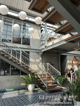 Foto 2 - Interior di Warung Nako oleh Francine Alexandra