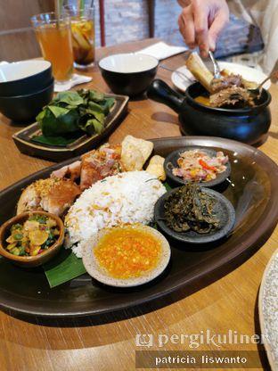 Foto 1 - Makanan(Nasi babi bali) di Putu Made oleh Patsyy