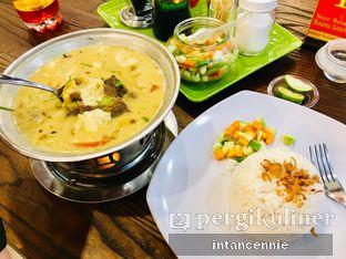 Foto 4 - Makanan di Soto Betawi Bang Sawit oleh bataLKurus