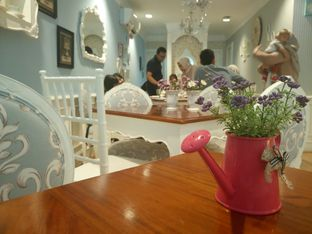 Foto 7 - Interior di Natasha's Party Cakes oleh yudistira ishak abrar