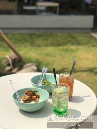 Foto 1 - Makanan di Teras Rumah oleh Del and Dit
