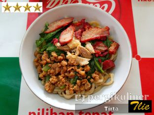 Foto 1 - Makanan di Bakmi Ka Heng oleh Tirta Lie