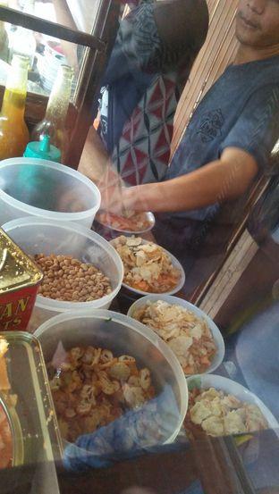 Foto 3 - Makanan di Bubur Ayam Samping BCA Khas Mayong oleh Review Dika & Opik (@go2dika)