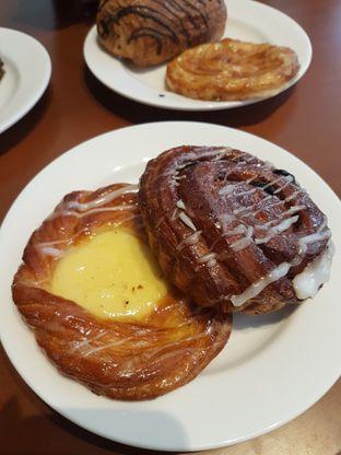 Foto 2 - Makanan di Delico oleh Olivia @foodsid