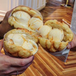 Foto review Ezo Hokkaido Cheesecake & Bakery oleh Stellachubby  1