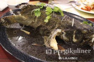 Foto 9 - Makanan(Steam Kerapu Arafura) di Kemayangan oleh UrsAndNic