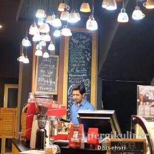 Foto 8 - Interior di Cerita Kopi oleh Darsehsri Handayani
