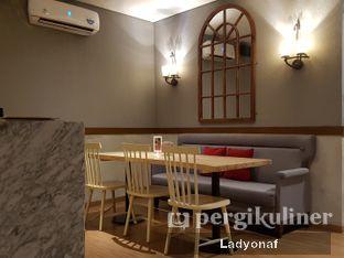 Foto 1 - Interior di Tavor Cafe oleh Ladyonaf @placetogoandeat