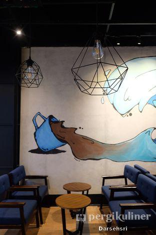 Foto 13 - Interior di Blue Lane Coffee oleh Darsehsri Handayani