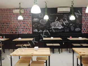 Foto 8 - Interior di Pasta Kangen Coffee Roaster oleh Fensi Safan