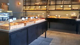 Foto 3 - Interior di Harliman Boulangerie oleh chubby Bandung