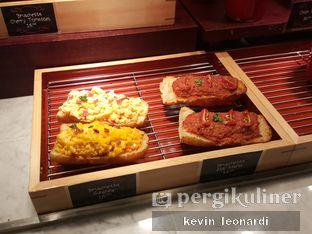 Foto 12 - Interior di The Kitchen by Pizza Hut oleh Kevin Leonardi @makancengli