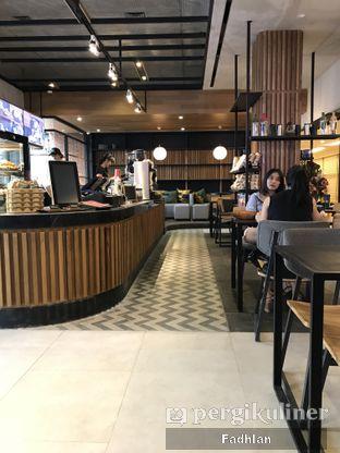 Foto 1 - Interior di Anomali Coffee oleh Muhammad Fadhlan (@jktfoodseeker)