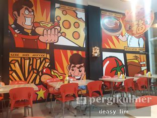 Foto 5 - Interior di Frankfurter Hotdog and Steak oleh Deasy Lim