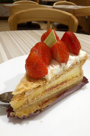 Foto 9 - Makanan(Napoleon Pie) di Chateraise oleh maysfood journal.blogspot.com Maygreen