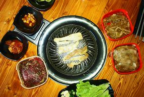 Foto TTALs Korean BBQ