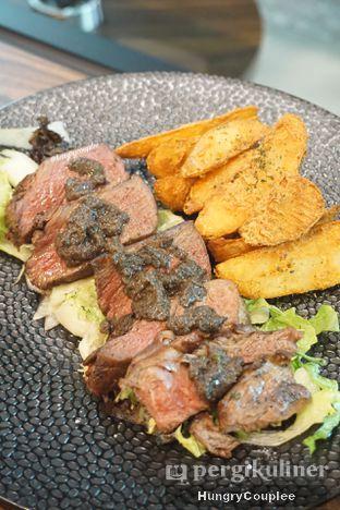 Foto 1 - Makanan di Trvffle Bistro oleh Hungry Couplee