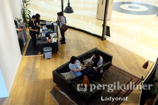 Foto 7 - Interior di Makna Coffee oleh Ladyonaf @placetogoandeat