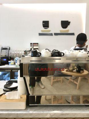 Foto 22 - Interior di Aiko Coffee oleh Prido ZH