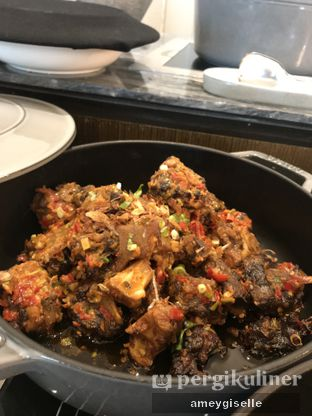 Foto review Pacific Restaurant and Lounge (PASOLA) - The Ritz Carlton Pacific Place oleh Hungry Mommy 16