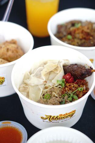 Foto 2 - Makanan di Bakmie Akhwang oleh Nanakoot