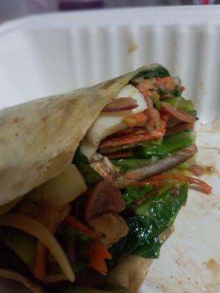 Foto 2 - Makanan di Crunchaus Salads oleh Yuli || IG: @franzeskayuli