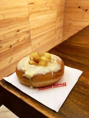 Foto 20 - Makanan di Krispy Kreme Cafe oleh Prido ZH