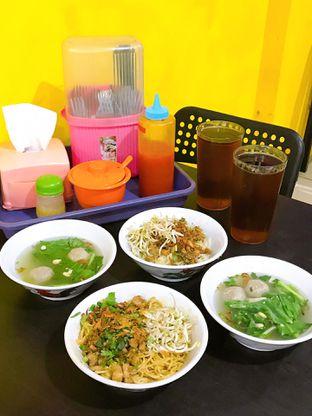 Foto 16 - Makanan di Istana Mie Ayam oleh yudistira ishak abrar