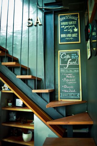 Foto review Escalator Coffeehouse oleh Shella Rizki Ananda 3