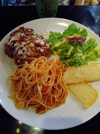 Foto Makanan di Tamani Express