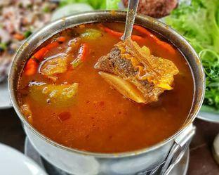 Foto 2 - Makanan(Iga garang asam) di Talaga Sampireun oleh Pengembara Rasa