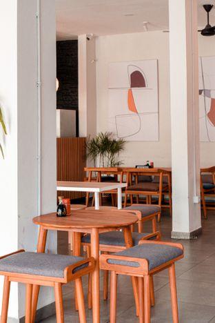 Foto 15 - Interior di BAWBAW oleh Indra Mulia