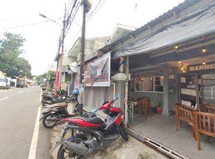 Foto 5 - Interior di Dulu Kala Coffee & Barbershop oleh aftertwentysix 27