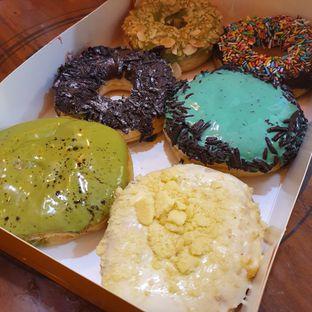 Foto 1 - Makanan di J.CO Donuts & Coffee oleh Adhy Musaad