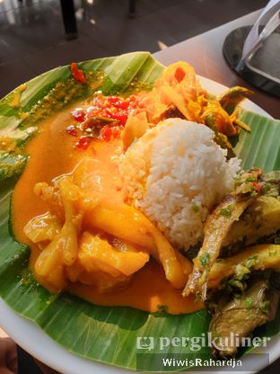 Foto 2 - Makanan di Nasi Kapau Juragan oleh Wiwis Rahardja