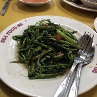 Foto 3 - Makanan(Cah kangkung) di Seafood Santa 68 oleh Claudia @grownnotborn.id