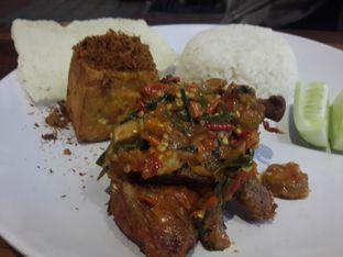 Foto 1 - Makanan(Nasi Ayam Mercon Kongko2) di Ayam Mercon Kongko2 oleh @stelmaris