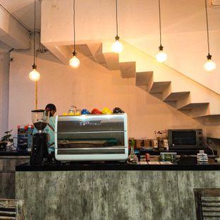 Foto 17 - Interior di PLUIE Cafe & Resto oleh duocicip
