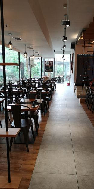 Foto 4 - Interior di Nahm Thai Suki & Bbq oleh om doyanjajan