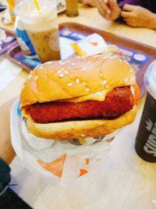 Foto 3 - Makanan(Fish Fillet) di Burger King oleh Ratu Aghnia