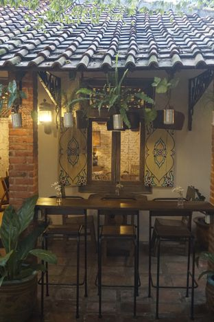Foto 11 - Interior di Ol' Pops Coffee oleh yudistira ishak abrar